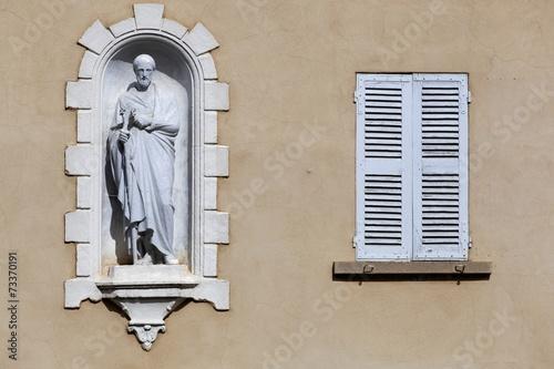 Facade in the village of Ars sur Formans