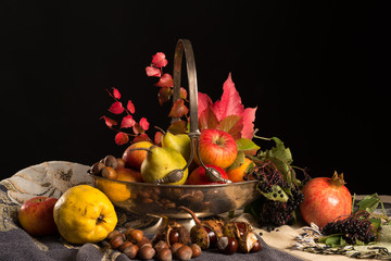 Historischer Obstkorb