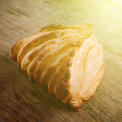 italian shell pastry