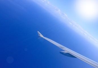 Grenzenlose Freiheit über den Wolken - Flugreise