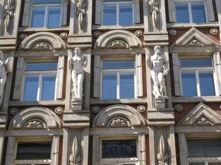 decori e statue
