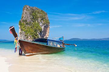 barque Thaï à Poda Island
