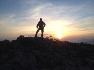 güneşin doğuşunu izlemek