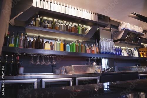 In de dag Buffet, Bar Close up on bar with bottle in a line