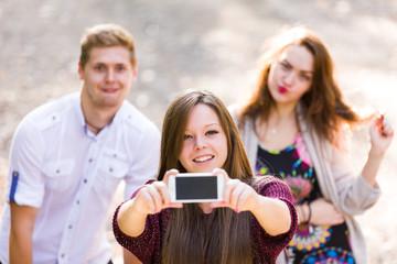 Friends photobombing