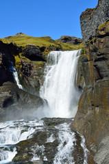 Исландия, водопад Оуфайруфосс в вулканическом каньоне Элдйау