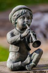 Bronce Figur Flötenspieler