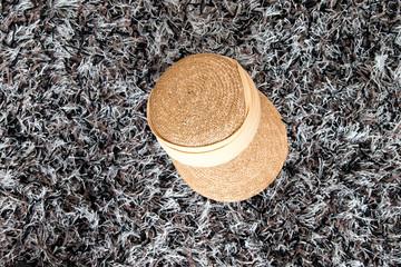 Hauf auf Teppich