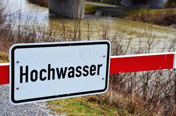 Hochwasser, Überschwemmung und Überflutung