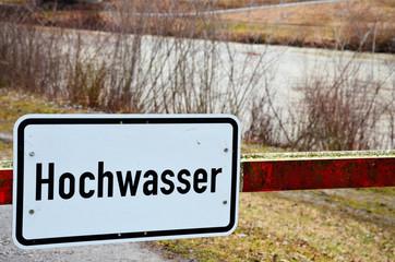 Hochwasser und Überschwemmung