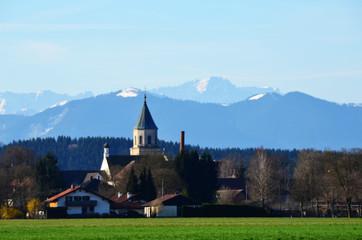 Kirche im Alpenvorland