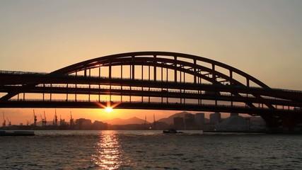 神戸港の夕暮れ