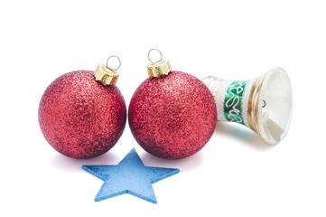 Weihnachtskugeln, Glocke und Stern