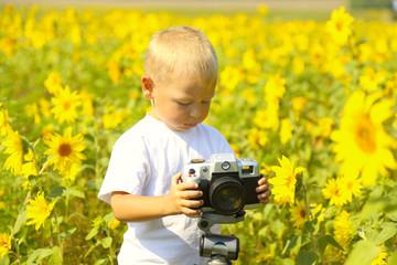 funny baby photographer