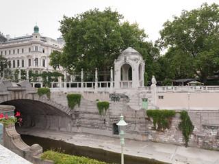 Promenade am Wienfluß im Wiener Stadtpark
