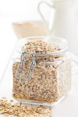 oat flakes in jar