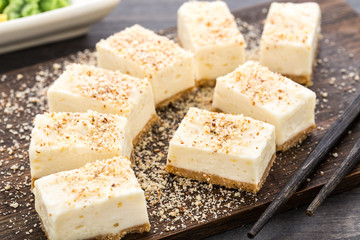 Sweet cheesecake with almond
