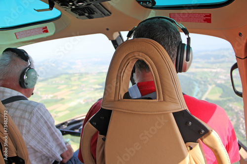 Deurstickers Helicopter helikopterpilot