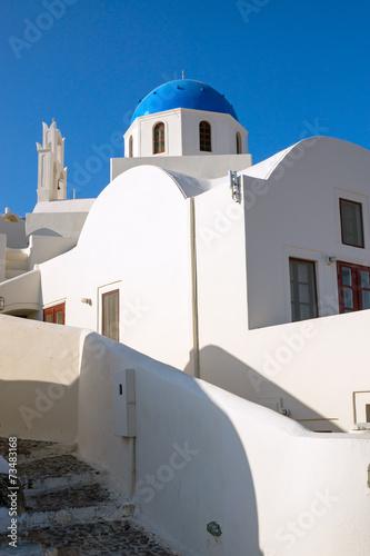 canvas print picture Beautiful white church in Oia