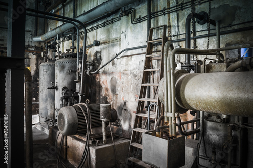 canvas print picture rusty industrial ruine