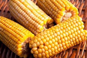 freshly cooked corn