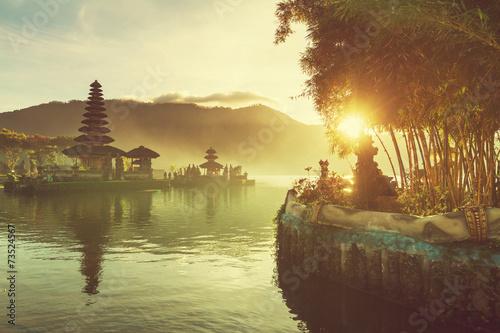 Fotobehang Temple Ulun Danu. Bali