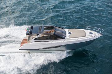 Motor yacht, rio yacht, fast yacht, italy