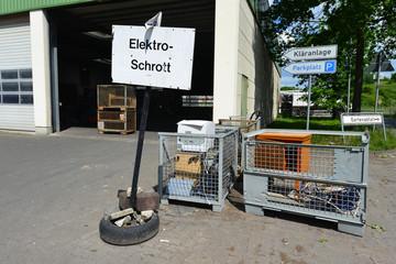 Elektroschrott, Elektronik, Müllhalde, Recycling, Wertstoff
