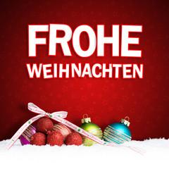 Frohe Weihnachten Gruß und Weihnachtskugeln im Schnee