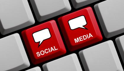 Sprechblasen auf Tastatur: Social Media
