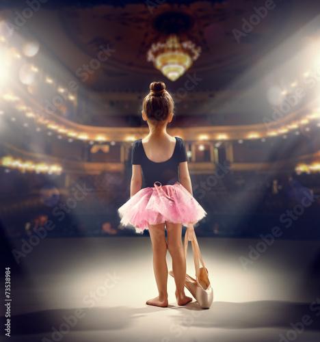 ballerina плакат