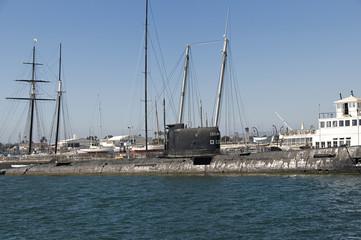 B39 Submarine
