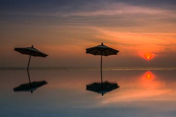 silhouette reflex umbrella at endless pool