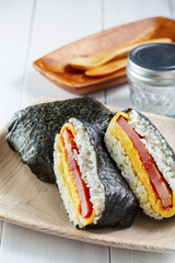 おにぎらず Rice ball Sandwich