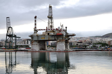 Detail of an old oil rig, in Santa Cruz de Tenerife, Canary Is.