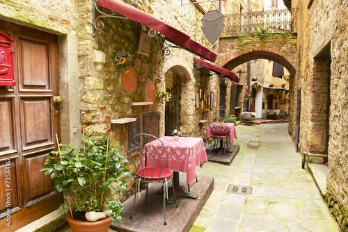 Leinwanddruck Bild Restaurant in Tuscany