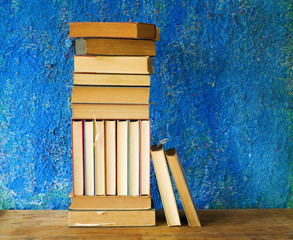row of books, free copy space