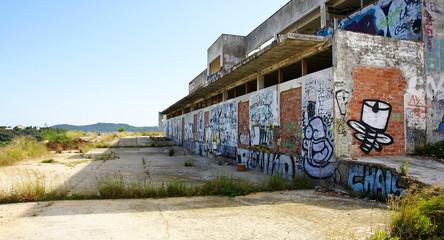 Graffiti en edificios abandonados