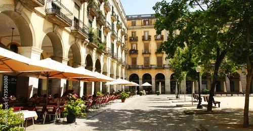 Plaza de la Independencia de Girona - 73580380
