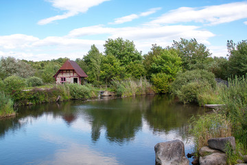La maison au bord de l'étang, Ungersheim, Alsace, Haut Rhin