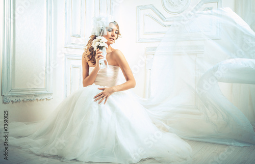 wedding, the bride - 73610125
