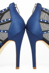 Dark blue shoes.