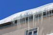 canvas print picture - Eiszapfen auf Dach