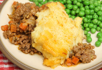 Cottage Pie & Peas