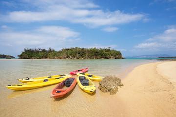 沖縄のビーチ・瀬良垣の浜