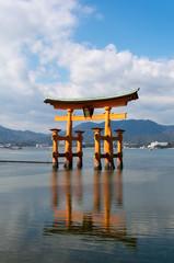 厳島神社の大鳥居 (安芸の宮島)