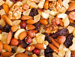 mixed dried nuts and fruit