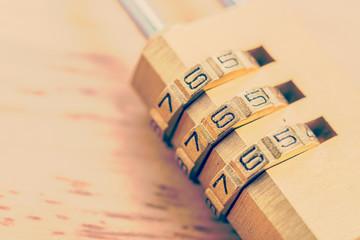 Key pad lock