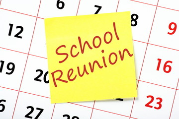 School Reunion reminder on a yellow sticky and calendar