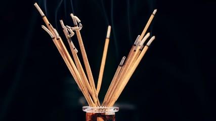 Rotating incense sticks